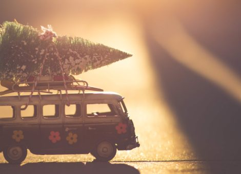 7 Christmas videos to enhance your marketing this Christmas
